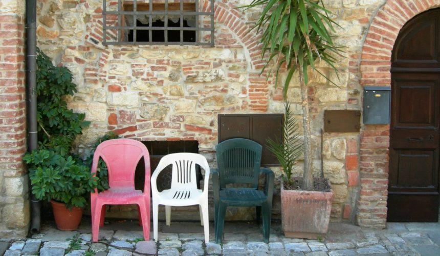スヴェレート、海の香漂うおだやかな「イタリアで最も美しい村 ...